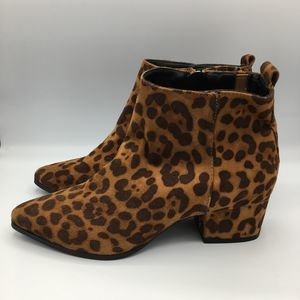 A New Day Women's 8 1/2 Valerie Microsuede Leopard